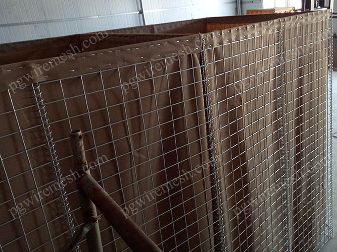 Hesco earth-filled barrier wall made in China Force Protection Defensive Barrier